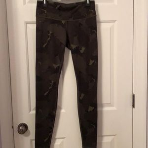 Camo Lululemon full length tights